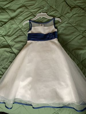 Alfred Angelo flower girl dress (fit 7 year old girl) for Sale in Monroe Township, NJ