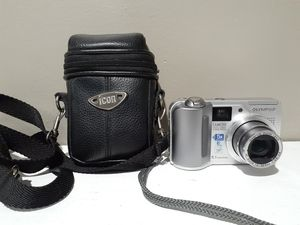 Olympus CAMEDIA C-5500 Zoom 5.1MP Digital Camera - Silver for Sale in Naugatuck, CT