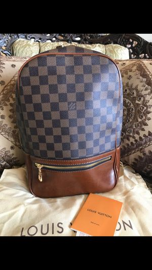 Louis vuitton bag for Sale in Carteret, NJ