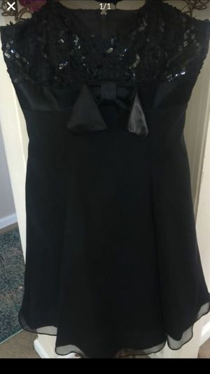 Designer vintage black party dress thin straps sequin-top full chiffon frilly layers bottom sz10 for Sale in Northfield, OH