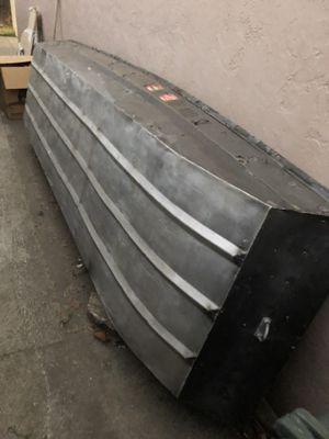 12' Jon boat for Sale in Vallejo, CA