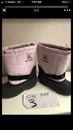 Snow boots size 3 Perfect condition for Sale in Los Angeles, CA