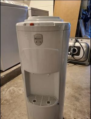 Water cooler dispenser for Sale in Winter Park, FL