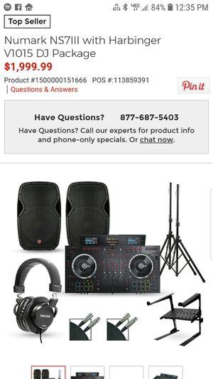 Numark NS7111 with Harbinger v1015 DJ package for Sale in Lynwood, CA