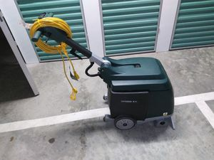 NOBLES Speed EX E5 Carpet Extractor Professional hard floor/ low cut carpet scrubber/cleaner/extractor for Sale in San Diego, CA