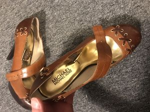 Michael Kors woman's shoes size 7.5 for Sale in Upper Arlington, OH