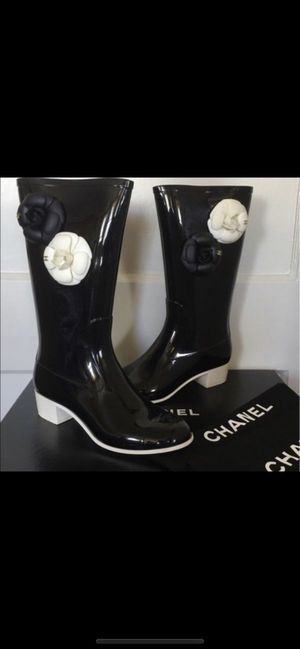 Chanel rain boots- AUTHENTIC for Sale in Gilbert, AZ