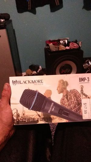 BlackMore Pro Audio dynamic vocal microphone for Sale in Bell Gardens, CA