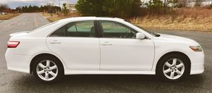 White Toyota Camry Runs Great 2009 for Sale in Springfield, MA