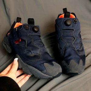 Reebok insta pump Fury Navy and Orange Sneaker for Sale in Washington, DC