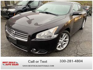 2010 Nissan Maxima for Sale in Akron, OH