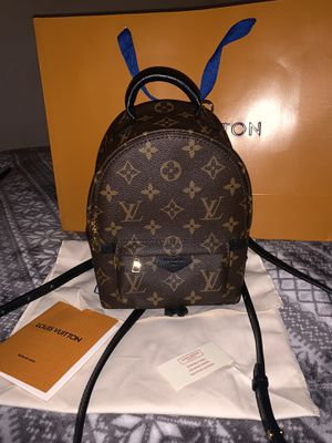 Louis Vuitton PALM SPRINGS BACKPACK MINI for Sale in Hacienda Heights, CA