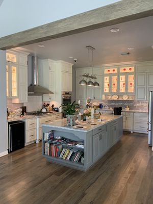 Kitchen bathroom Cabinets for Sale in Houston, TX