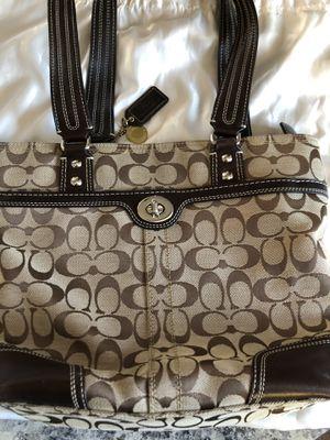 Coach shoulder bag for Sale in McKeesport, PA