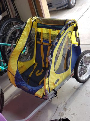 Bike trailer for kids- Instep double seater for Sale in Fort Lauderdale, FL
