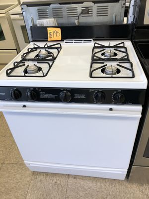 Gas stove in great condition with 60 days warranty for Sale in Woonsocket, RI