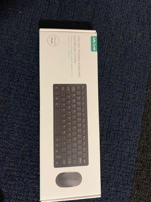 Ultra thin wireless Keyboard and Mouse combo for Sale in Ridgeland, MS