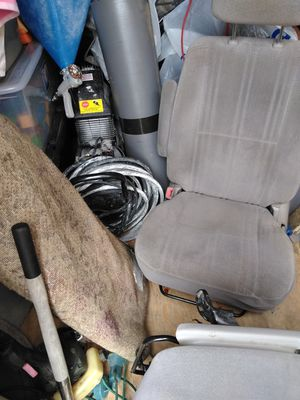 2000 tundra frot seats for Sale in Chelan, WA