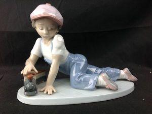 Mint LLADRO All Aboard Boy Train Figurine #7619 w/BOX for Sale in Largo, FL