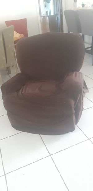 Chair for Sale in Kissimmee, FL