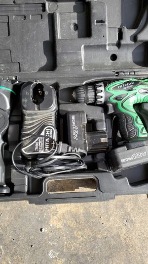 Hitachi cordless drill and flashlight for Sale in BETHEL, WA