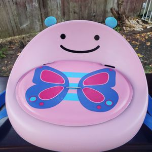 Skip Hop® Zoo Butterfly Booster Seat in Pink for Sale in Everett, WA