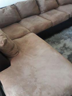 Sectional Sofa FREE for Sale in Dallas,  TX