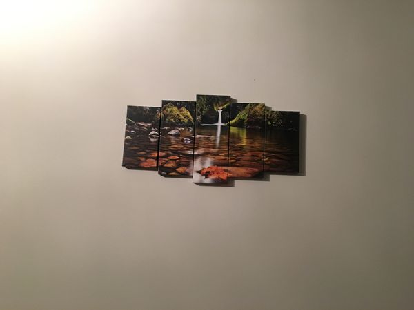 Small canvas pictures