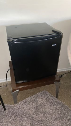 Refrigerator for Sale in Alexandria, VA