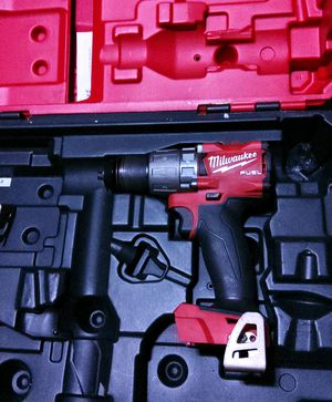 """Milwaukee M18 FUEL 18 Volt Brushless 1/2"""" Hammer Drill / Driver w/ Hardcase for Sale in Seattle, WA"""