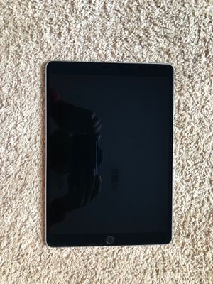 iPad Pro 10.5inch 256GB for Sale in Rex, GA