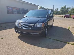 2014 Chrysler Town & Country for Sale in Barberton, OH
