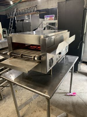 """Pizza oven 14"""" for Sale in Chicago, IL"""