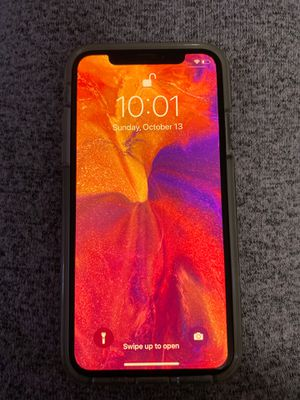 iPhone X, 64GB Silver, Unlocked for Sale in Grape Creek, TX