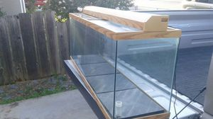 Fish tank 50 gallon for Sale in Antioch, CA