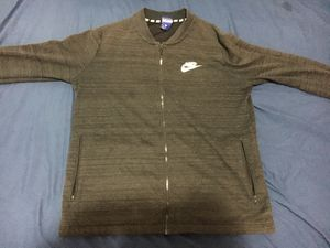Nike jacket for Sale in Baltimore, MD