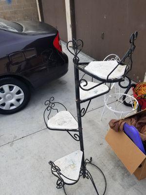 Plantero for Sale in Fullerton, CA