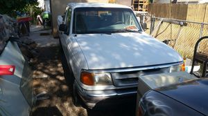 1997 ford ranger extended cab 5 speed manual for Sale in Tucson, AZ