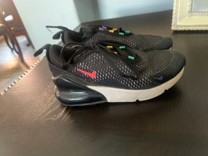 Kids Nike Air Max 270 size 13c....lightly used $10 for Sale in Los Angeles, CA
