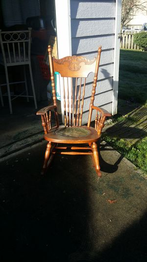 Antique rocking chair, has hand pounded metal seat, great condition for how old it is for Sale in WA, US