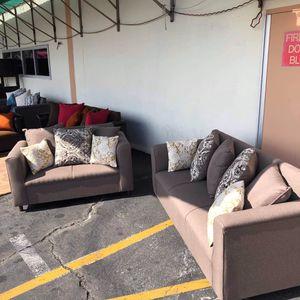 New sofa set for Sale in Garden Grove, CA