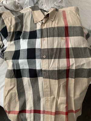 Burberry Short Sleeve Shirt for Sale in Rahway, NJ