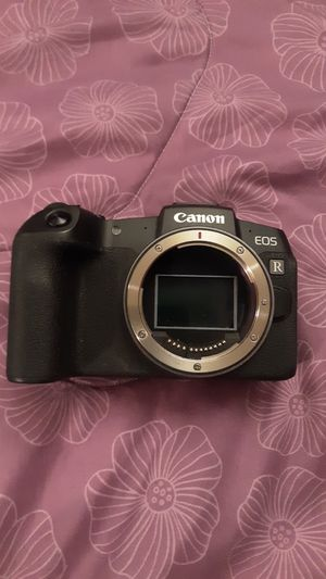 Canon EOS RP Body for Sale in Brooklyn, NY