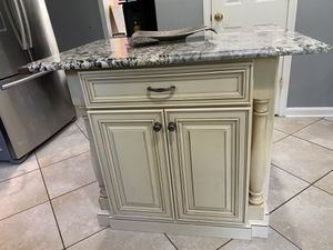 Kitchen Island with Semi exotic Quartz top for Sale in Pineville, NC