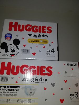 Huggies size 3 with 88 diapers or size 4 with 74 diapers $15 each for Sale in Pompano Beach, FL