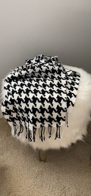 Houndstooth Black & White Scarf with Fringe Detail for Sale in Los Altos, CA
