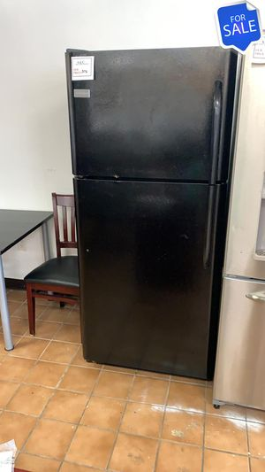 BIG BARGAINS!! LOWEST PRICES! Frigidaire Refrigerator Fridge 30in #1561 for Sale in Jessup, MD