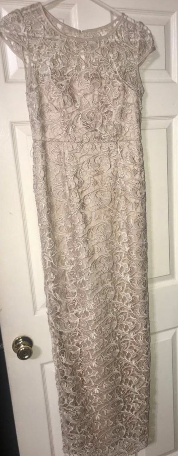 Beige color Adrianna papell size 4 dress prom dress