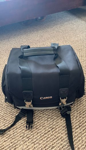 Canon camera bag with 5 pockets for Sale in Des Plaines, IL