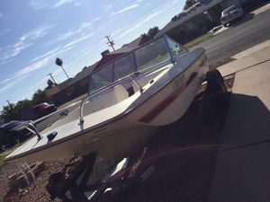 Boat no title asking 150 also have engine just not mounted for Sale in Phoenix, AZ